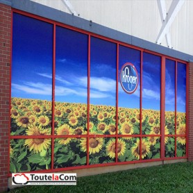 Adhésifs vitrines - pose en extérieur